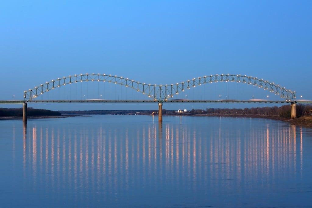 Memphis' Hernando-DeSoto Bridge