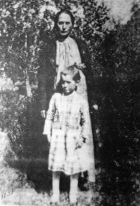 Paralee Raby and her daughter, Grace Raby Crawford (photo courtesy of Grace Raby Crawford).