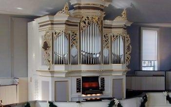 The organ at VIllage Presbyterian Church in Prairie Village, Kansas.